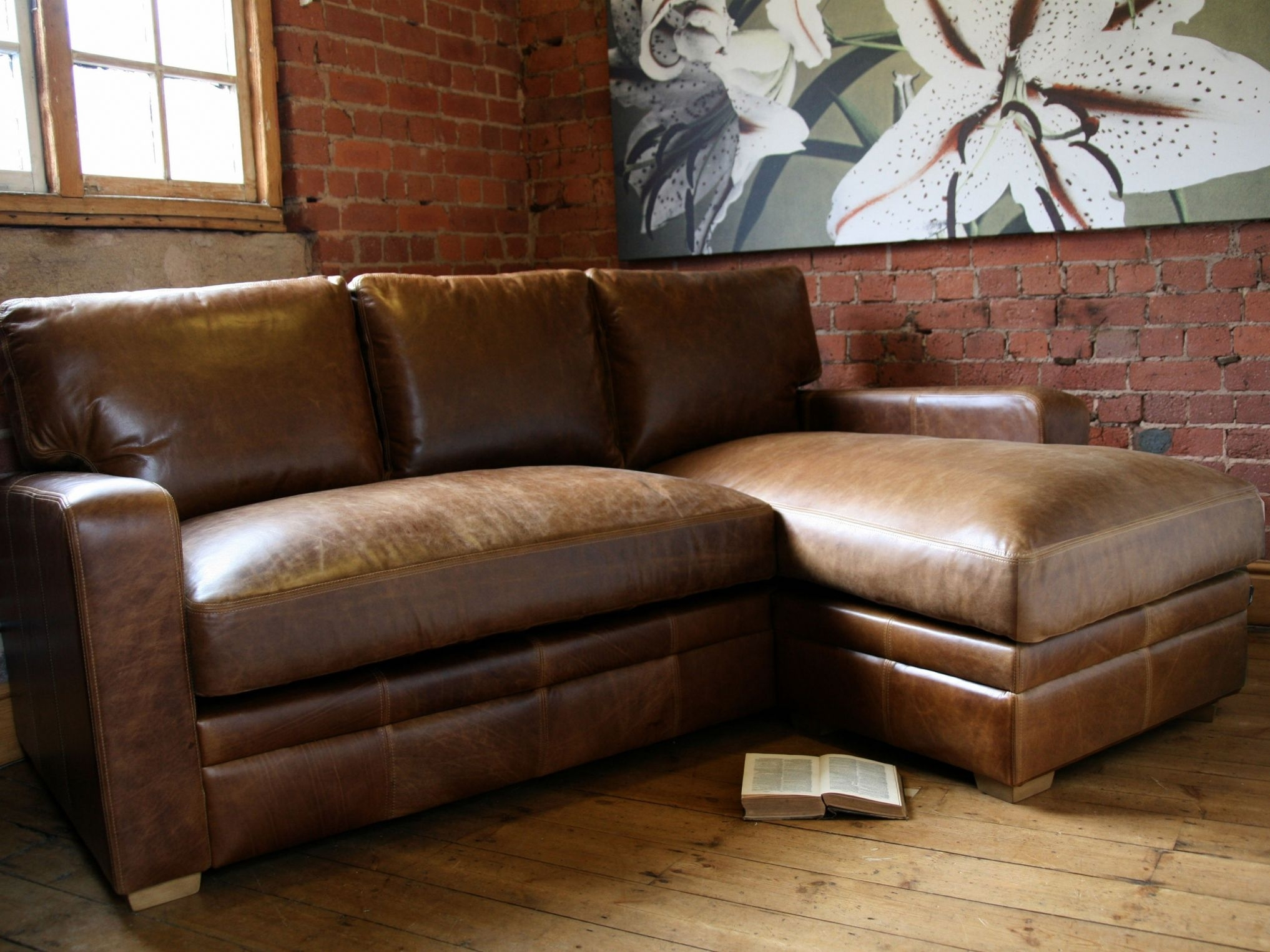 Small Leather Sectional Sofa With Chaise – Interior Paint Colors For With Regard To Apartment Sectional Sofas With Chaise (View 10 of 10)