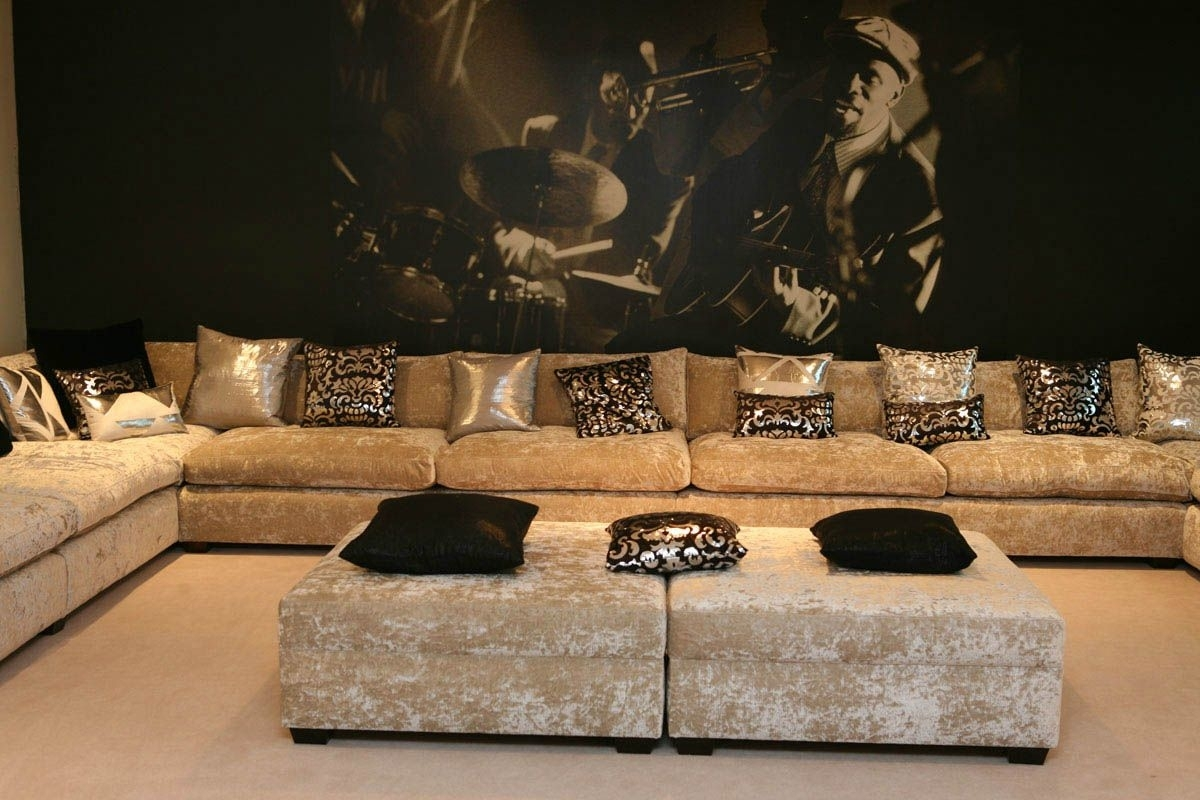 Sofa Design, Designers Of Luxury Sofas And Makers Of Bespoke And With Luxury Sofas (Image 8 of 10)