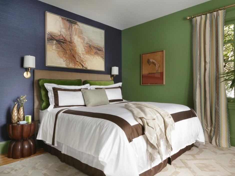 Solid Color Bedroom Inspiration Feature Artistic Painting Wall For Wall Accents For Small Bedroom (View 11 of 15)
