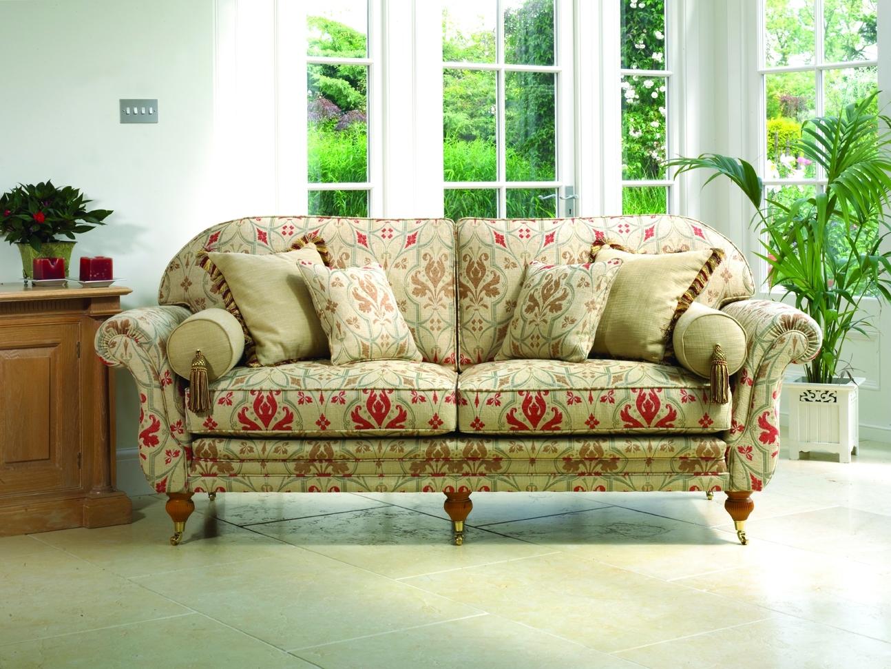 Traditional Sofas & Chairs Leicester Northampton Market Harborough Regarding Traditional Sofas (Image 9 of 10)
