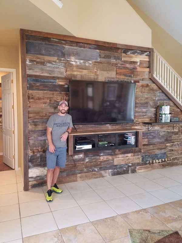 Transform Your House With Reclaimed Wood Accent Wall *barn Wood Within Reclaimed Wood Wall Accents (Image 11 of 15)