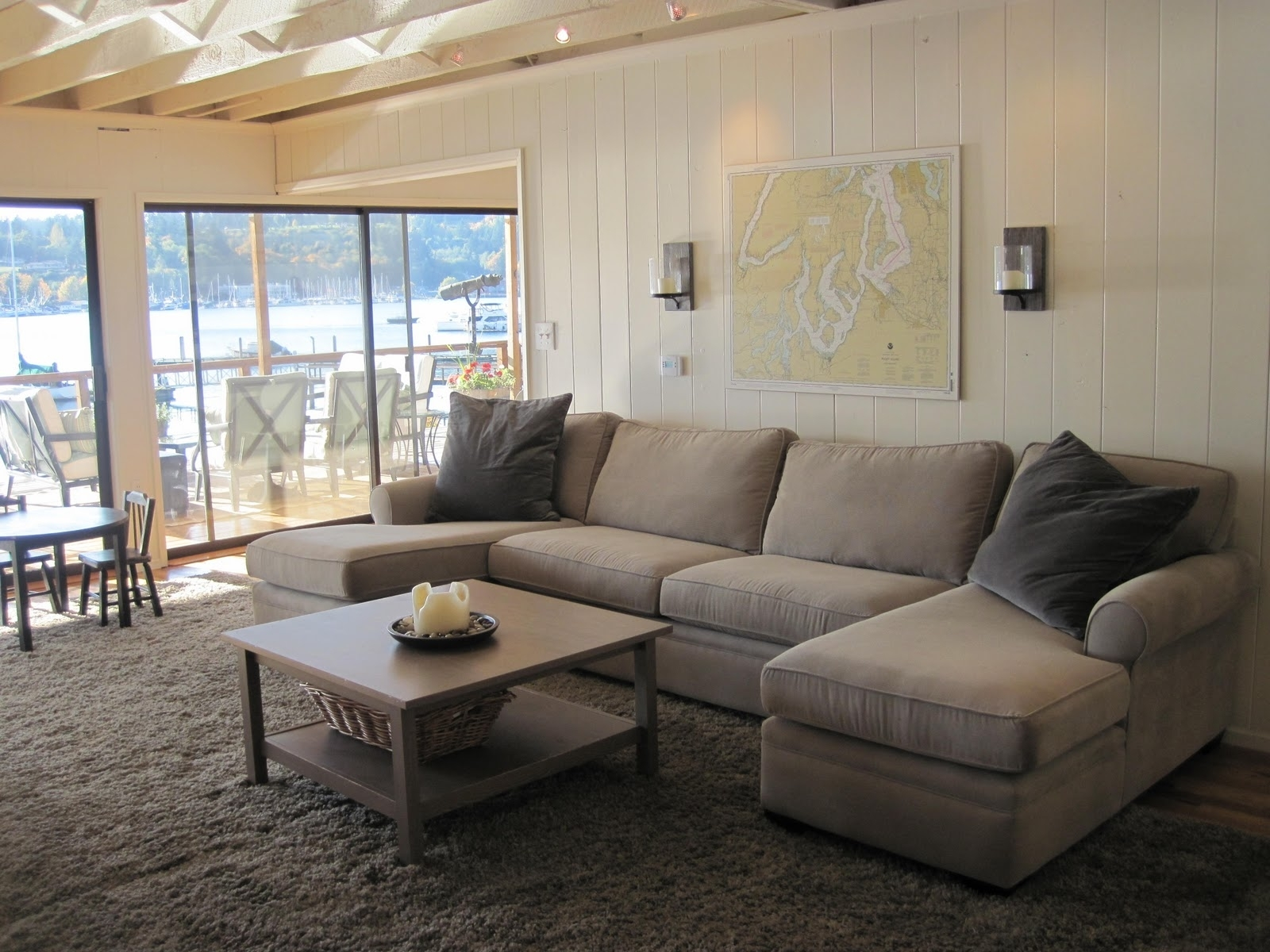 U Shaped Sectional With Chaise Design | Homesfeed Regarding Big U Shaped Sectionals (Photo 8 of 10)