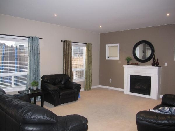 Walls Are Painted Benjamin Moore – Dufferin Terrace And The Accent Pertaining To Wall Accents With Paint (View 7 of 15)