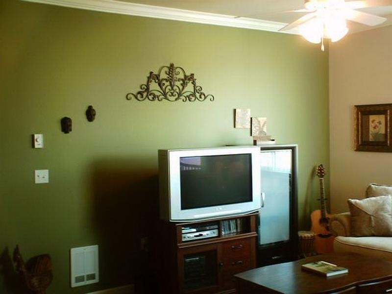 Walls Tansy Green Accent Wall Colors Choose – Billion Estates | #17530 Regarding Green Wall Accents (Image 15 of 15)
