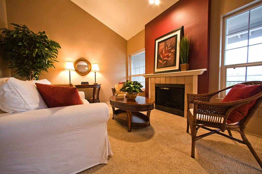 Warm Living Room Nuanced Using Beige Wall Accents Paint Feat With Pertaining To Wall Accents With Paint (View 8 of 15)