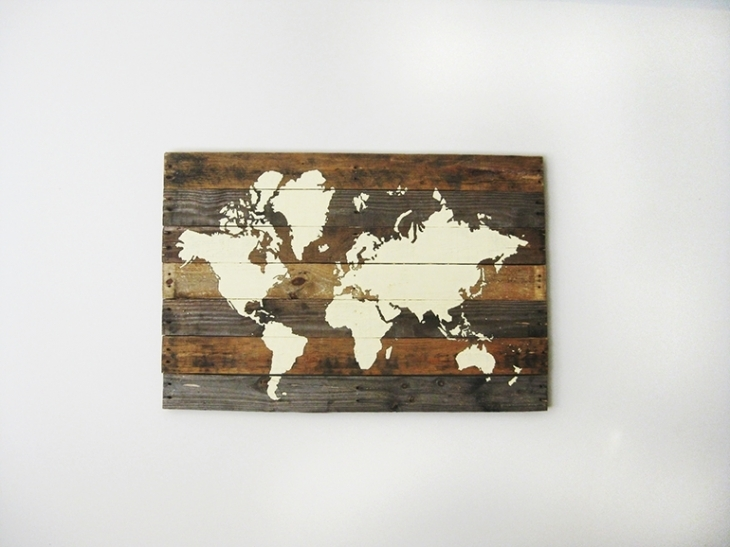 21 Diy Wood Wall Art Pieces For Any Room And Interior – Shelterness In Diy World Map Wall Art (Image 3 of 25)
