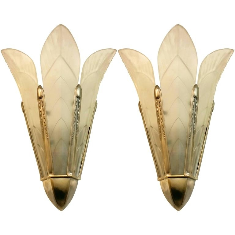 Featured Image of Art Deco Wall Sconces