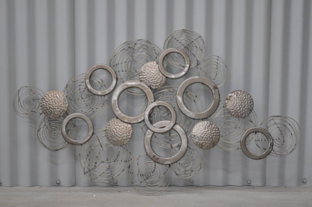 Featured Image of Metal Wall Art Sculptures