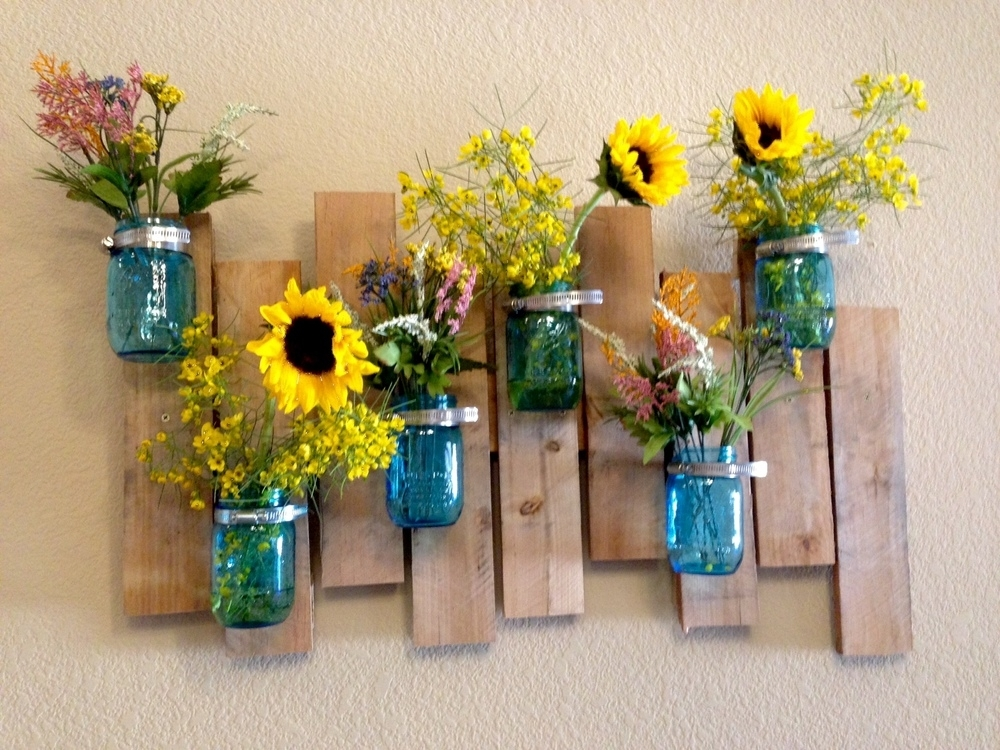 Mason Jar Vase & Wood Pallet Wall Art Project Diy – Jennifer Spoelma Intended For Mason Jar Wall Art (View 8 of 20)