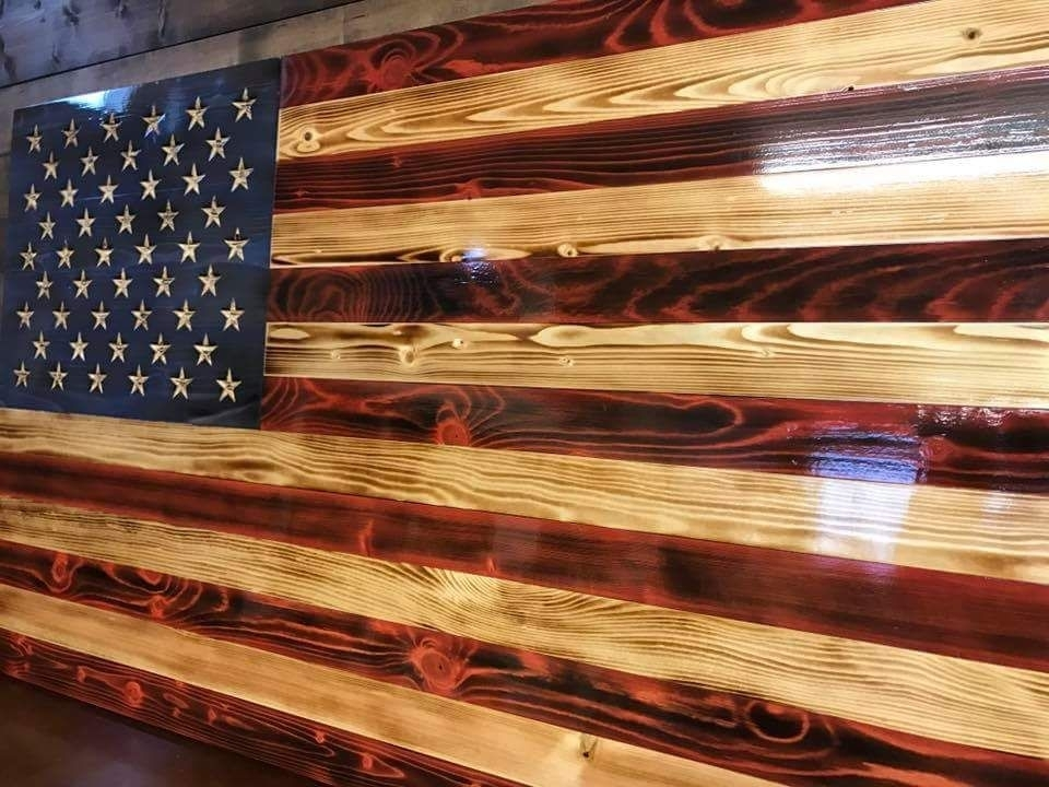 Featured Image of Wooden American Flag Wall Art