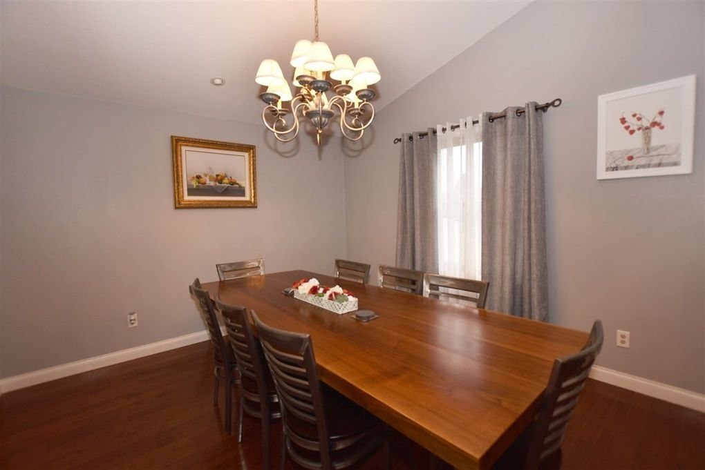 1330 Partridge Ct, Oshkosh, Wi 54904 – Realtor® For Partridge 6 Piece Dining Sets (Image 1 of 25)
