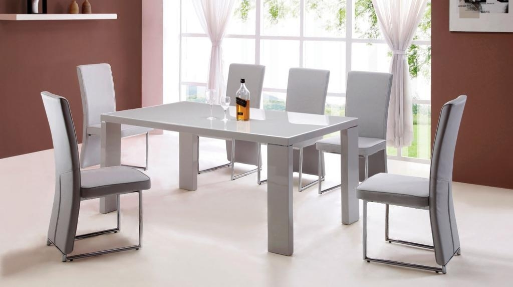 25 Hi Gloss Dining Table Sets, Modern Round White High Gloss Clear In Hi Gloss Dining Tables Sets (Photo 6 of 25)