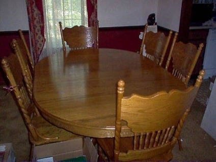 $400 Oak Dining Table, W/6 Oak Chairs, Oval W/leaf 12/11 Avail Still With Regard To Oval Oak Dining Tables And Chairs (Image 1 of 25)