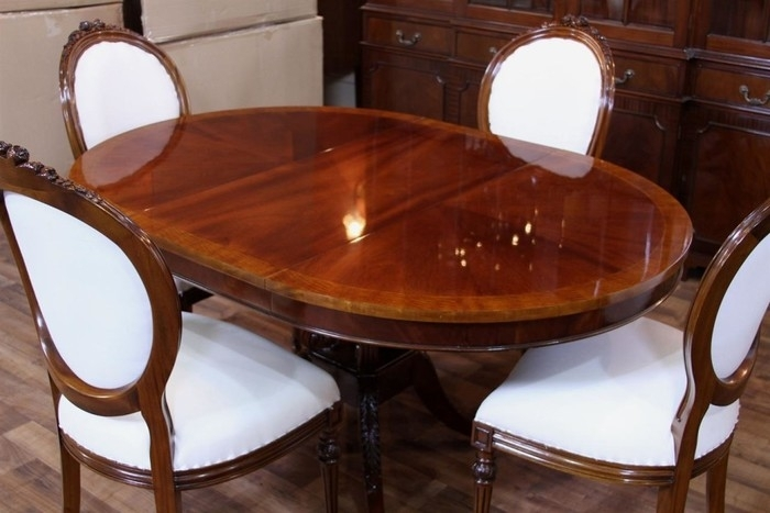 5. Choosing The Right Dining Room Sets Gorgeous Mahogany Dining with Mahogany Dining Tables Sets