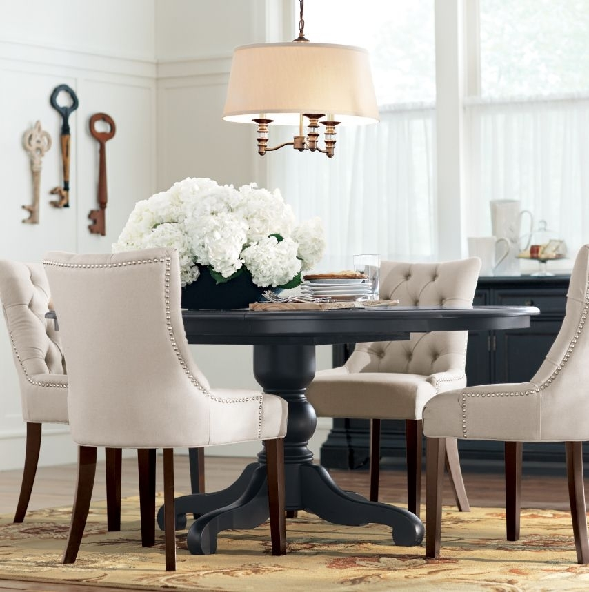 A Round Dining Table Makes For More Intimate Gatherings (Image 1 of 25)