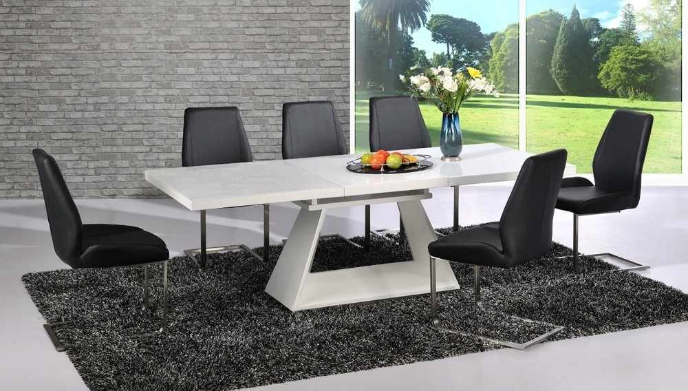 Amsterdam Extending Dining Table In White Gloss And 6 In Black Gloss Extending Dining Tables (Image 1 of 25)
