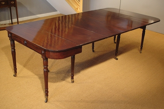 Antique Extending Dining Table / Mahogany 10  12 Seat Table Inside Extending Dining Table With 10 Seats (Image 3 of 25)