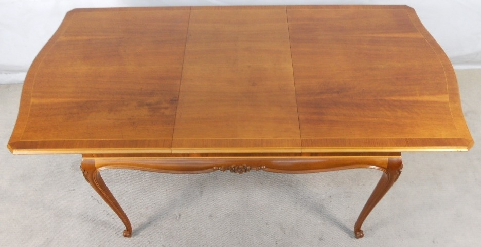 Antique French Style Carved Walnut Extending Dining Table To Seat Eight Regarding French Extending Dining Tables (View 24 of 25)