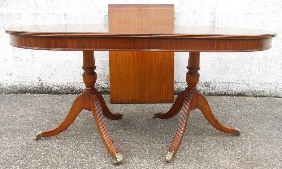 Antique Georgian Style Mahogany Extending Dining Table To Seat Eight Intended For Mahogany Extending Dining Tables (Image 4 of 25)