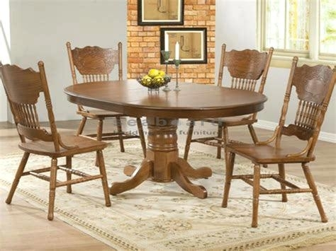 Antique Round Kitchen Table Round Oak Dining Room Table And Chairs Regarding Oak Round Dining Tables And Chairs (Image 1 of 25)