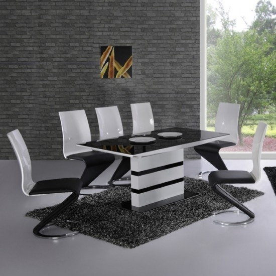Arctic Black And White High Gloss Extending Dining Table And 4 Leona Throughout Black High Gloss Dining Chairs (Image 2 of 25)