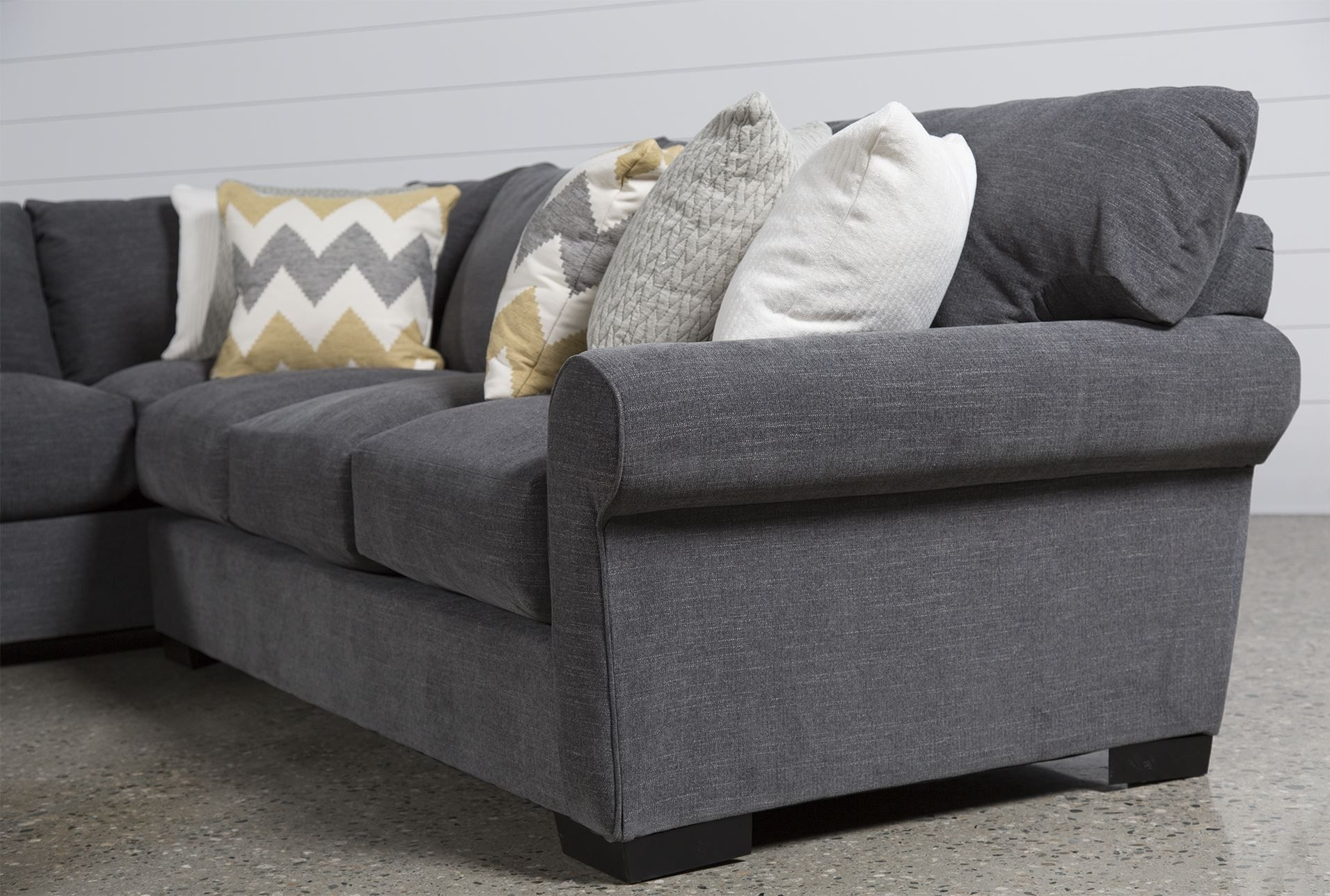 Featured Image of Aurora 2 Piece Sectionals