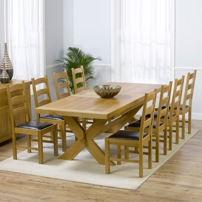 Avalon Solid Oak 200Cm Extending Dining Table With 8 Venice Chairs Throughout Oak Extending Dining Tables And 8 Chairs (Image 1 of 25)