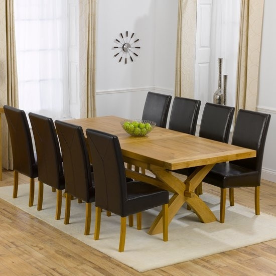 Avignon Oak Extending Dining Table And 8 Brown Rustique In Oak Extending Dining Tables And 8 Chairs (Image 2 of 25)