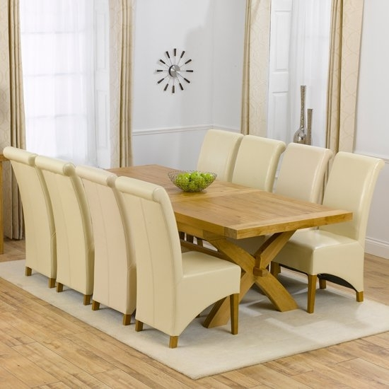 Avignon Solid Oak Extending Dining Table And 8 Barcelona For Extending Dining Table Sets (Image 2 of 25)