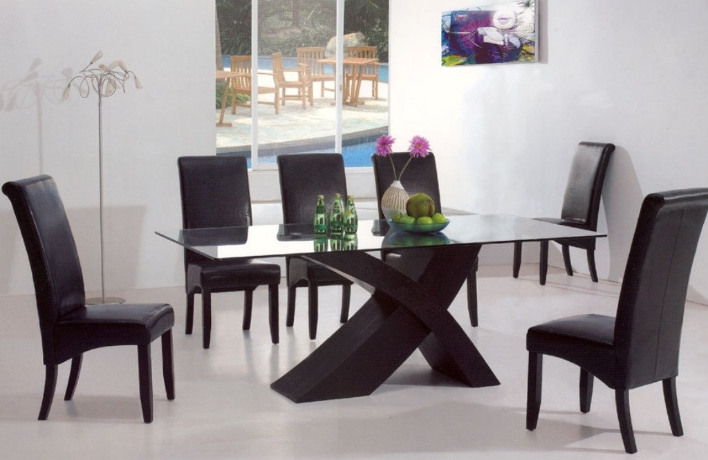Beautiful Floor Lamp Feat Contemporary Dining Room Sets And Leather Inside Contemporary Dining Tables Sets (Image 2 of 25)