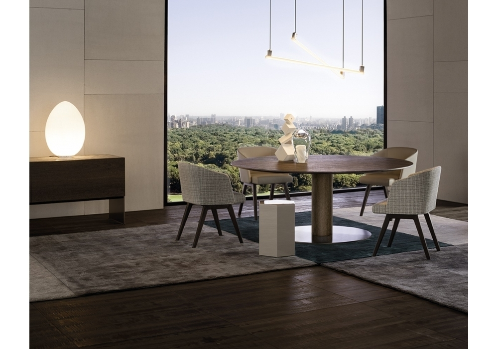 Featured Image of Bellagio Dining Tables