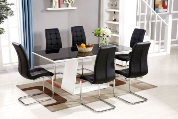 Black/white Murano High Gloss Dining Set | Furniturebox Pertaining To Black High Gloss Dining Chairs (Image 6 of 25)