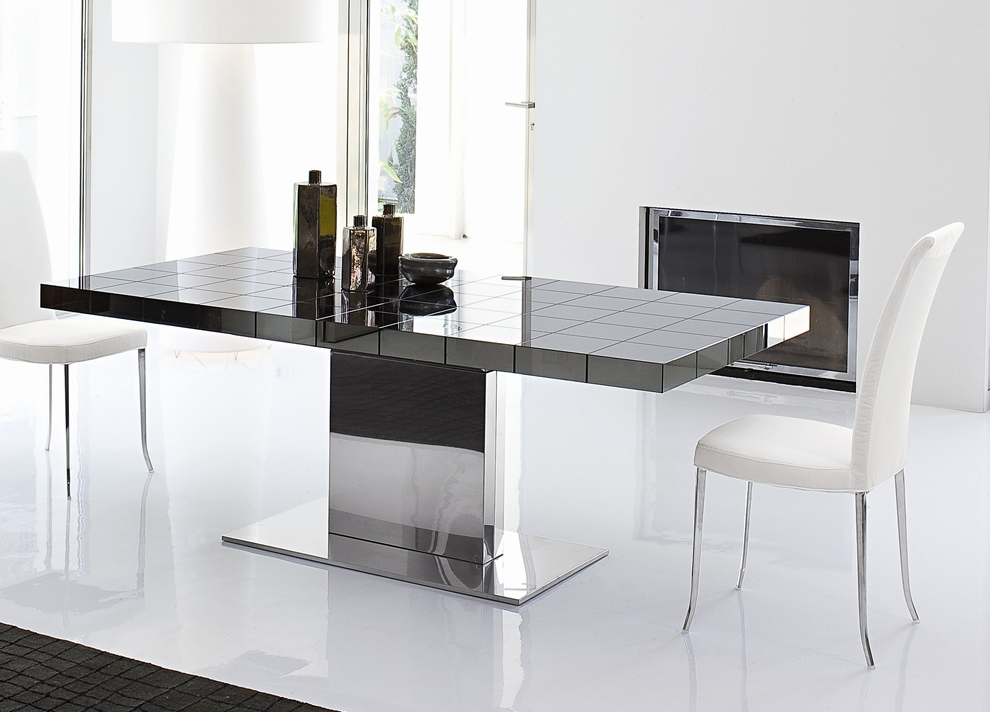 Bonaldo Lingotto Extending Dining Table | Dining Furniture | Dining Intended For Contemporary Extending Dining Tables (View 4 of 25)