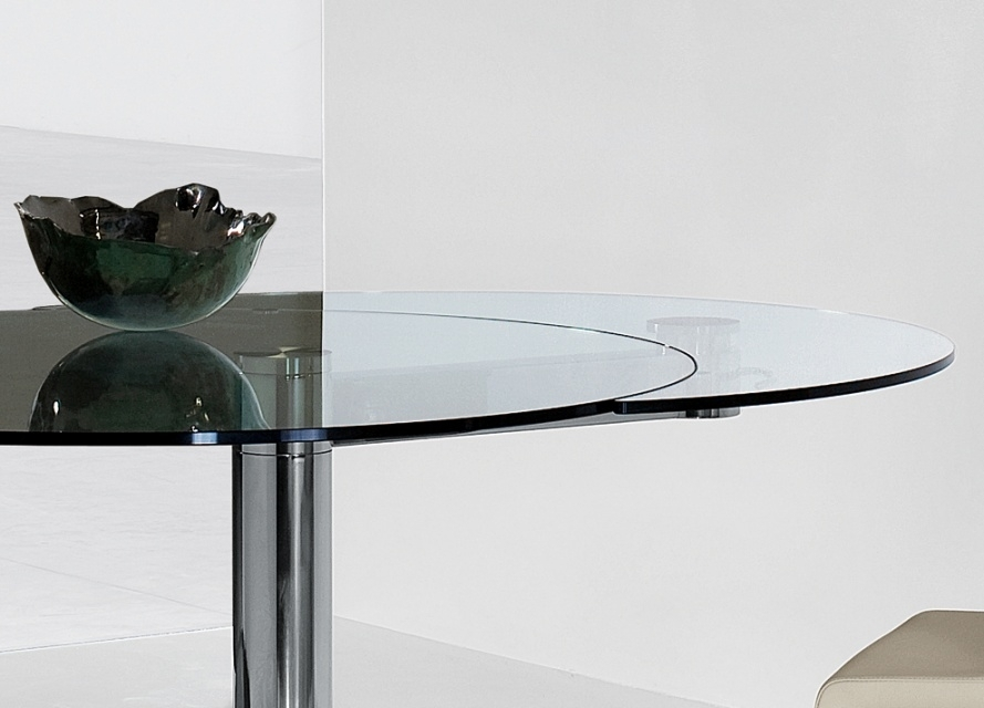 Bonaldo Plinto Round Extending Dining Table , Extendable Dining With Glass Round Extending Dining Tables (Image 3 of 25)