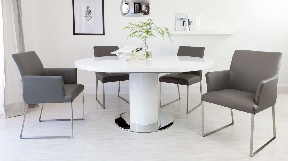 Brilliant Round White Gloss Dining Table Round White Gloss Extending Throughout Glass Round Extending Dining Tables (Image 6 of 25)