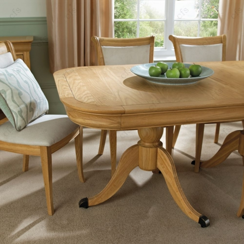 Buy Bentley Designs Chantilly Oak Oval Extending Dining Table For Oak 6 Seater Dining Tables (View 3 of 25)