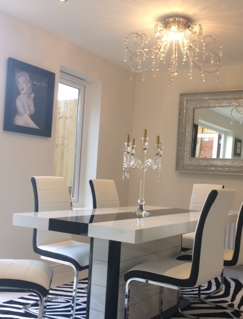 Buy High Gloss Black & White Extending Dining Table 160 256Cm 10 12 With Regard To Black High Gloss Dining Tables (View 23 of 25)