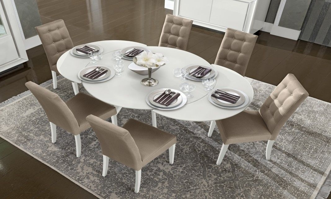 Camelgroup Dama Bianca White Round Extendable Dining Table | Milk With Regard To White Round Extendable Dining Tables (Image 4 of 25)