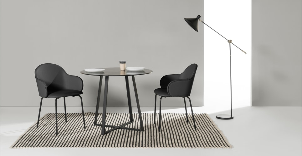 Choosing A Round Dining Table And Chairs Which Match – Home Decor Ideas Regarding Caira Black Round Dining Tables (View 7 of 25)