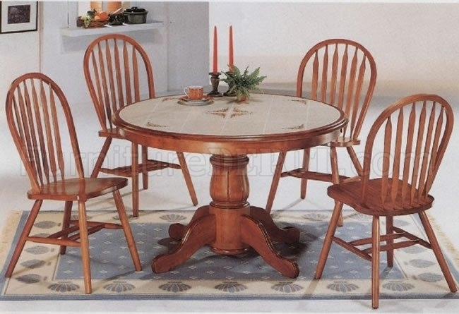 Classic Oak Dining Room Round Table & Deluxe Arrow Back Chairs With Regard To Round Oak Dining Tables And Chairs (View 7 of 25)