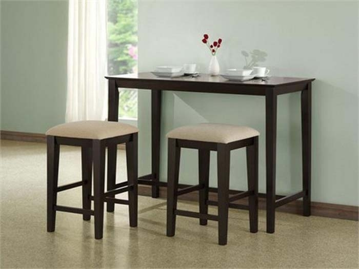Compact Dining Table And Chair Sets – Castrophotos Regarding Small Dining Tables And Chairs (View 4 of 25)