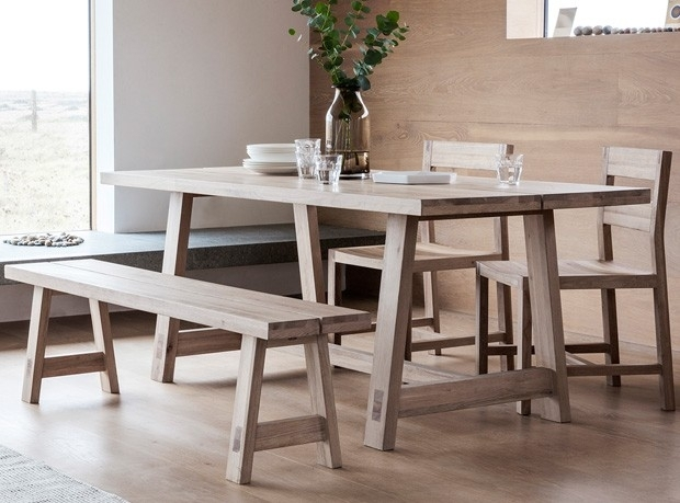 Cotswold Oak Large Dining Table For Cotswold Dining Tables (View 23 of 25)