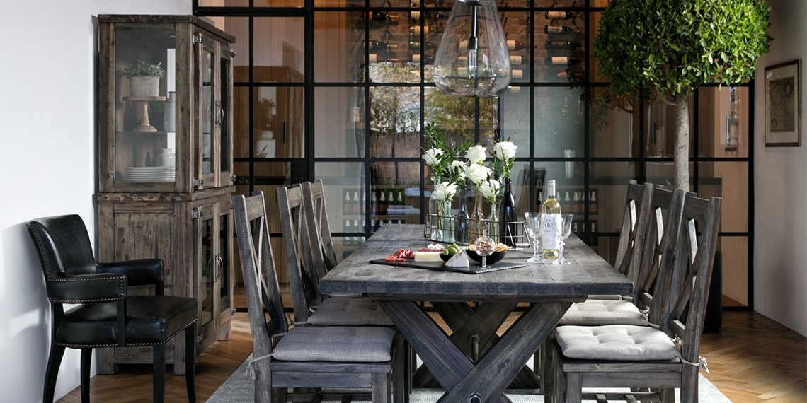 Country Rustic Dining Room With Mallard Extension Dining Table Regarding Mallard Extension Dining Tables (Image 5 of 25)