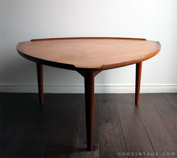 Danish Mid Century Modern Teak 'guitar Pick' Triangular Shaped For Carly Triangle Tables (View 5 of 25)