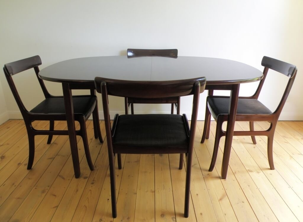 Dining Room: Astounding Black Oval Expandable Dining Room Table Sets Inside Black Extendable Dining Tables Sets (View 17 of 25)