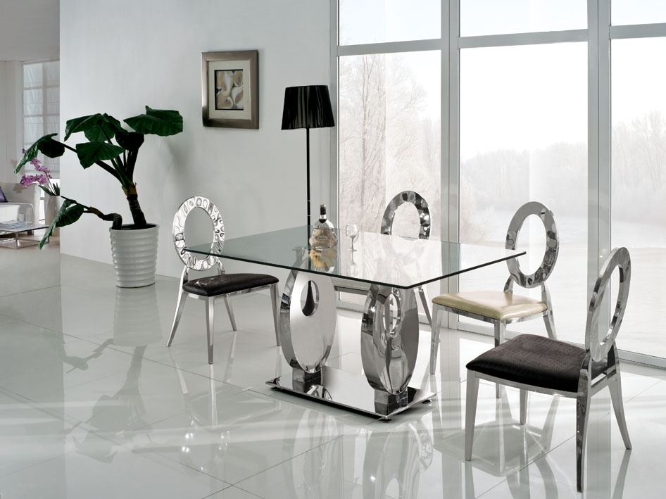 Dining Room Modern Glass Dining Table Extending Glass Table And Throughout Glass Dining Tables Sets (Image 7 of 25)