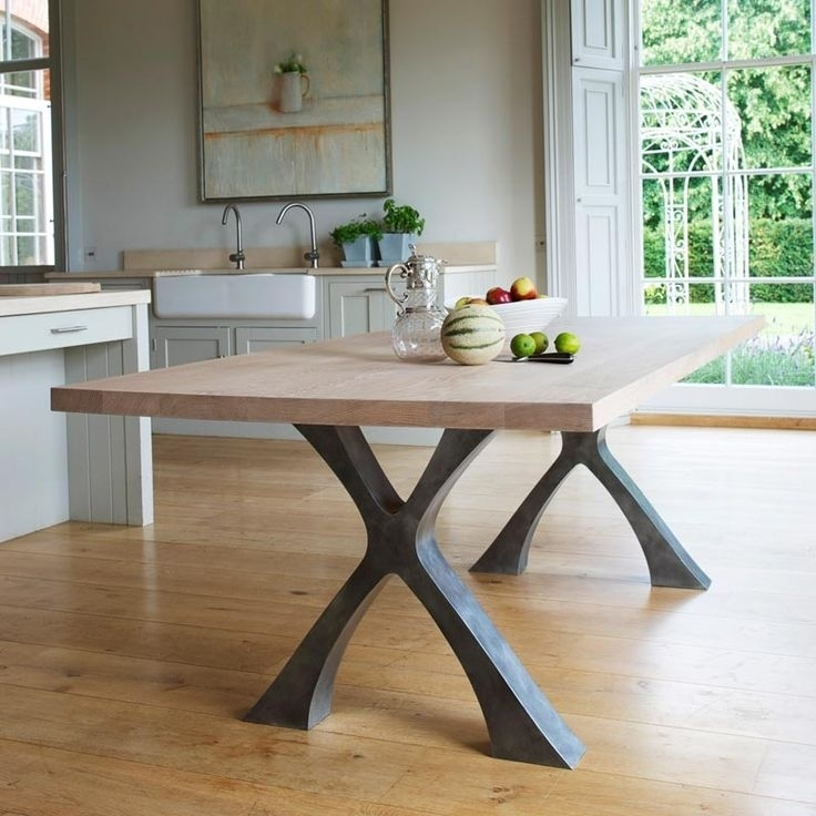 Featured Photo of Dining Tables With Metal Legs Wood Top