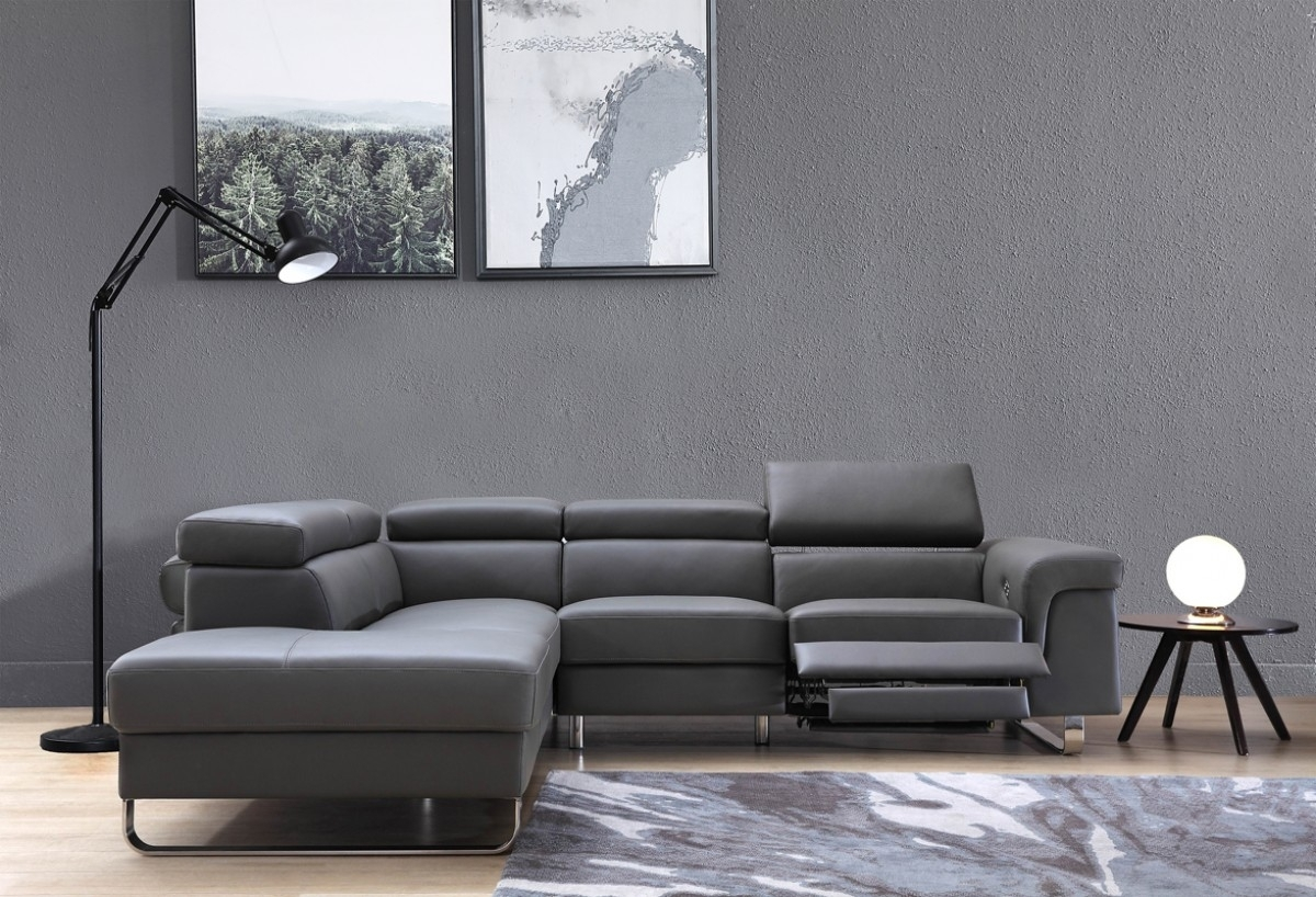 Divani Casa Chaz Modern Grey Leather Sectional Sofa W/ Recliner Throughout Tatum Dark Grey 2 Piece Sectionals With Laf Chaise (Image 7 of 25)