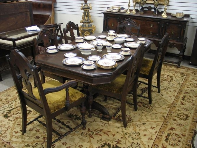 Eight Piece Walnut Dining Set, Baker Furniture Co., Michigan, C Throughout Craftsman 7 Piece Rectangular Extension Dining Sets With Arm & Uph Side Chairs (Photo 20 of 25)