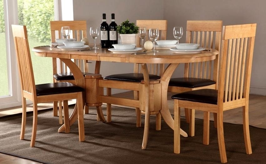 Fabulous Oval Oak Dining Table Chairs Oval Extending Dining Table With Oval Extending Dining Tables And Chairs (Image 15 of 25)